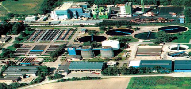 施工例) ミュンヘン郊外のガイゼルブルラッハの大規模下水処理場:能力は、83,000t/日(250,000人対応処理場)